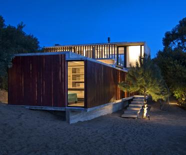 Casa MR di Luciano Kruk Arquitectos