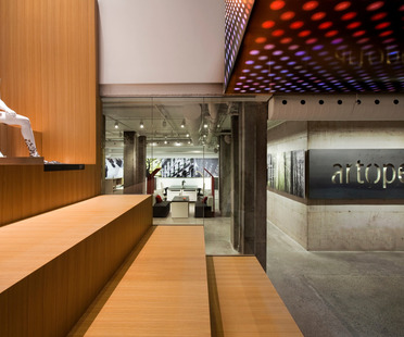 Ripensare lo spazio: Artopex Showroom di Lemay