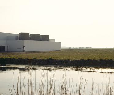 Fuglsang Kunstmuseum di Tony Fretton Architects