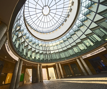 The Schirn Ring di Peter Halley