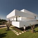 Corpo Atelier: Cinque terrazze e un giardino