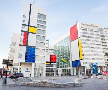 Omaggio a Mondrian in scala urbana, Den Haag