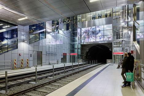 Wehrhahn-Linie, infrastruttura e arte a Düsseldorf
