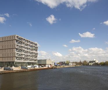 PATCH22, un grattacielo in legno ad Amsterdam