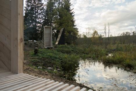 Un giardino di meditazione nella foresta lituana