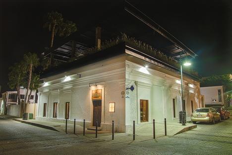 La Revolución, Baja California, di Red Arquitectos
