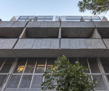 Bolivar, un condominio a Buenos Aires di HM Arquitectos