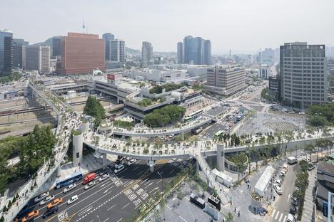 Ha aperto Skygarden Seoullo 7017 di MVRDV a Seoul