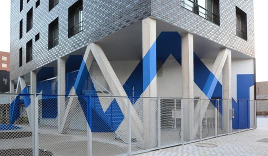 Atelier YokYok e il dialogo grafico con l'architettura