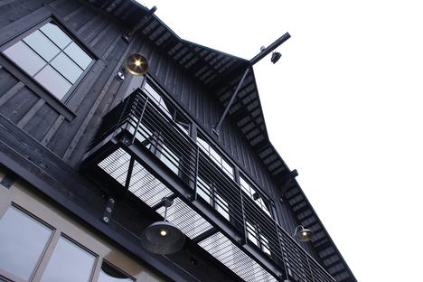 Ripensare la preesistenza: Manson Barn di SkB Architects