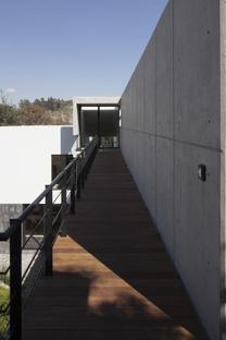 Casa U di MATERIA, architettura in armonia con il sito