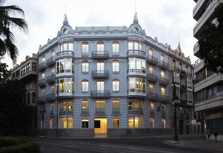 Fran Silvestre Arquitectos rinnova un palazzo del 1905