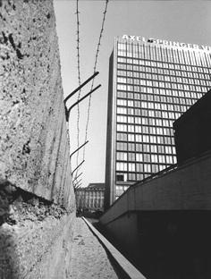 Unbuilding Walls, padiglione Germania alla Biennale di Venezia