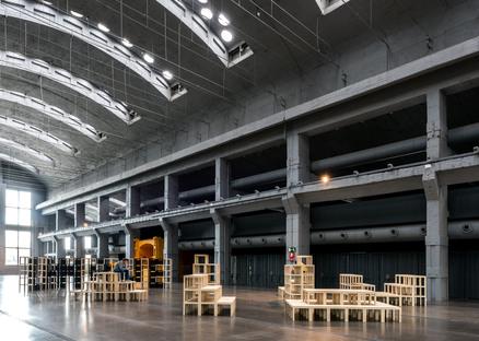 LACKTOPIA di ENORME Studio a LA NAVE, Madrid