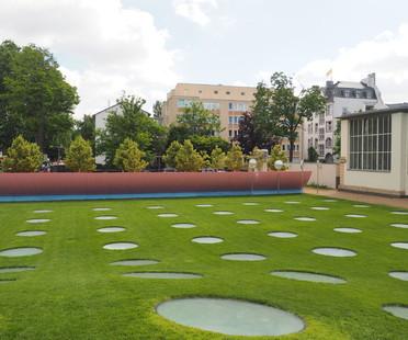 Colormaster F, installazione di Manuel Franke nello Städel Garten Frankfurt