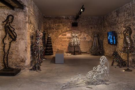 La galleria di Nirit Levav Packer in un edificio storico a Tel Aviv