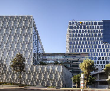 LEED Gold e Silver per l'Apple R&D Center di Yashar Architects