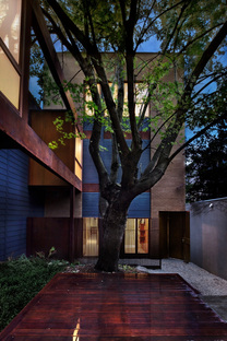 Maison Atelier dello studio di architettura yh2