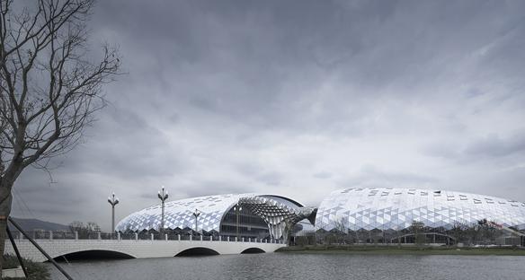 Nuovo centro congressi per la Geographic Information Town a Deqing