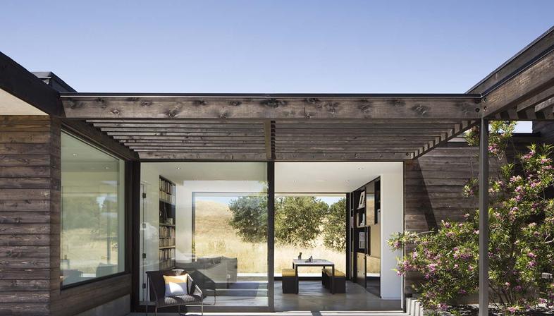 The Meadow Home di Feldman Architecture