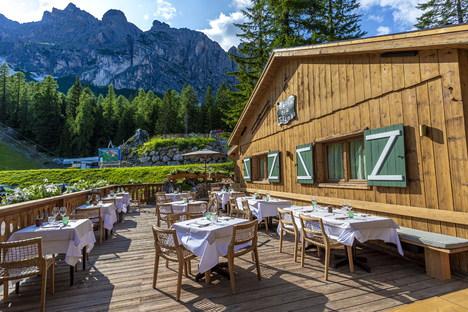 Visual Display rivisita Baita Pié Tofana a Cortina d'Ampezzo