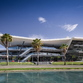 Meet Point Cumbres, una mall sostenibile di Sanzpont Arquitectura a Cancùn