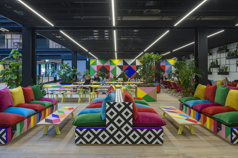 Nuova opera di Morag Myerscough per Broadgate, London