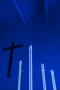 Jacques Toussaint a Riola nella chiesa di Alvar Aalto