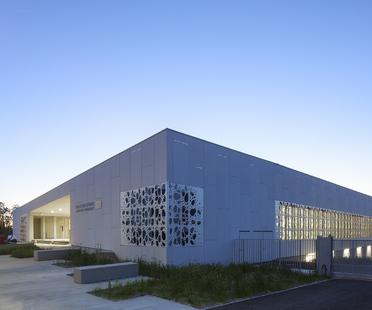 NBJ Architectes, Halles des Sports a Uzès