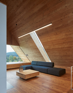 Casa per il fine settimana nelle Beskydy Mountains di Pavel Míček Architects