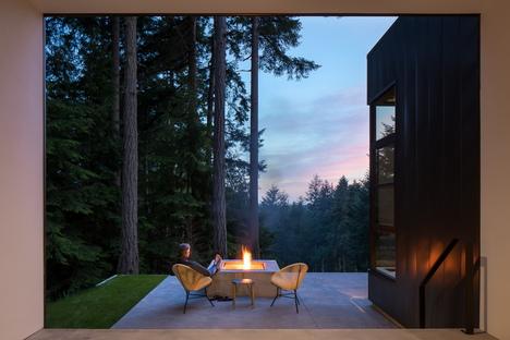 Natura ed arte, un progetto di Heliotrope Architects