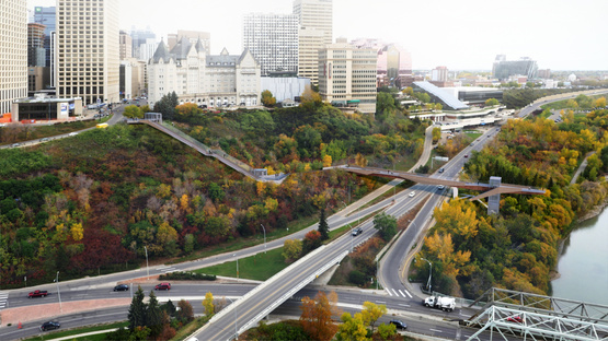 Mechanized River Valley Access di DIALOG a Edmonton, Canada