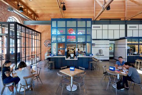 Clayton & Little per The Bottling Dept. Food Hall a San Antonio, Texas