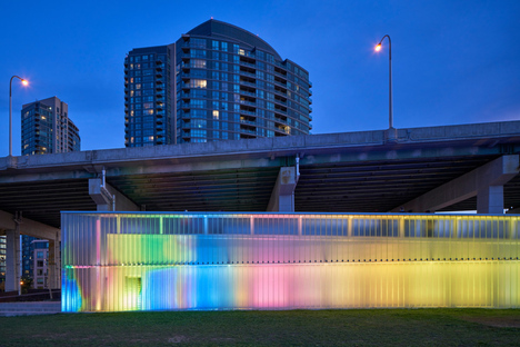 Thermally Speaking, installazione di luce di LeuWebb Projects per CITYLights Toronto