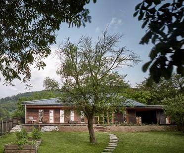 Chestnut House di ValArch Ateliér