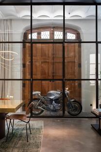 Kirsten Schwalgien, interior premiato in un contesto storico a Barcellona