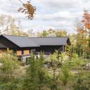 Maison Koya, vivere con più generazioni a contatto con la natura