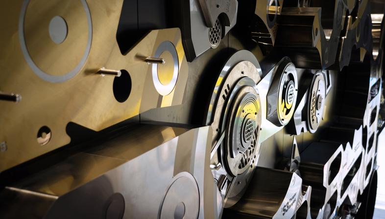 24Kilates The Clockwork, interior design iconico a Bangkok