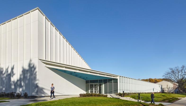 Training Recreation Education Center (TREC) di ikon.5 architects