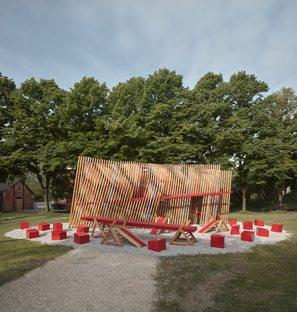 Installazione OFF FENCE alla 17a Biennale di Venezia