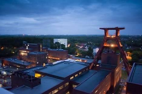Zollverein XII: Da 10 anni patrimonio dell'Unesco. Archeologia industriale per lo sviluppo culturale.