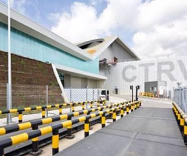Un impianto di trattamento rifiuti tra landscaping e architettura