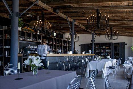 Koya Restaurant & Lodge a Riga. Progetto di Open AD.