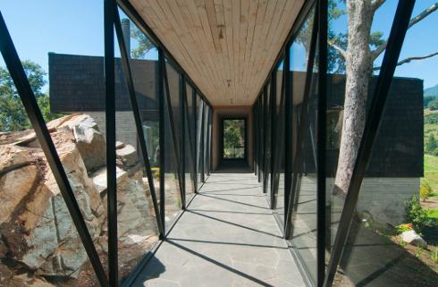 Casa ranco o vivere la natura progetto di elton leniz for Casa in stile scandole
