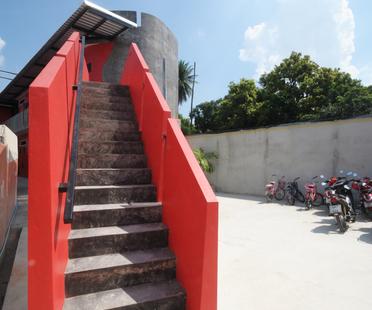 Un nuovo asilo in Thailandia. Prachasongkroa School.