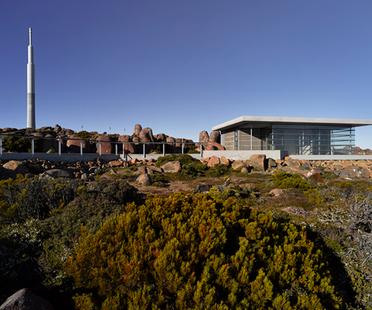 Costruire nella natura: Mt Wellington Pinnacle Amenities