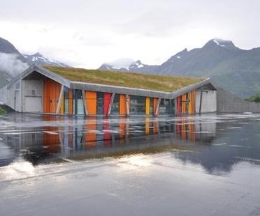 Infrastruttura e paesaggio in Norvegia.