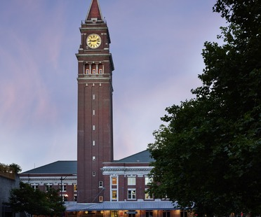 King Street Station in Seattle di ZGF Architects. LEED Platinum e AIA Top Honor 2014.