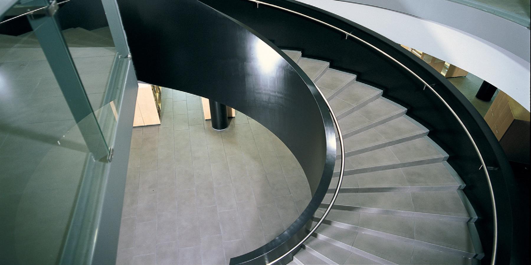 Rivestimenti Scale Interne Gres Porcellanato scale gres porcellanato soluzioni spazi residenziali