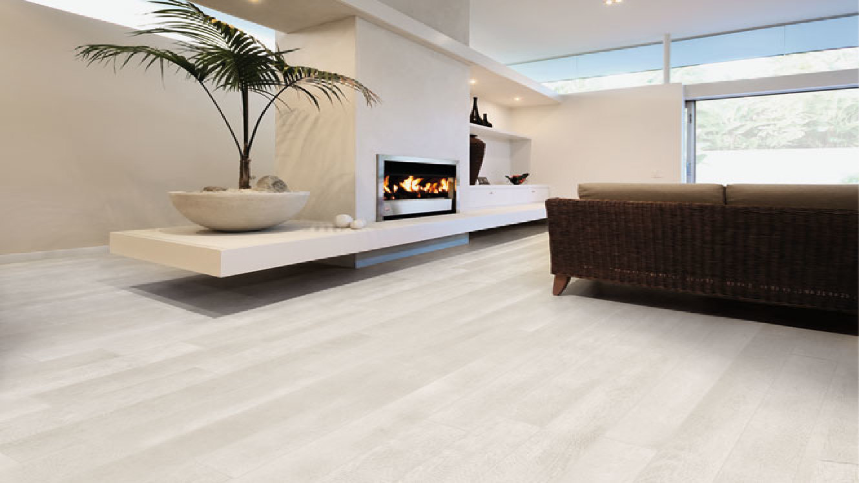 Pavimenti effetto legno per immaginare nuovi interni for Pavimenti per case moderne